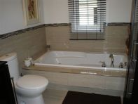 Salle de bain cramique des roches for Salle bain ceramique